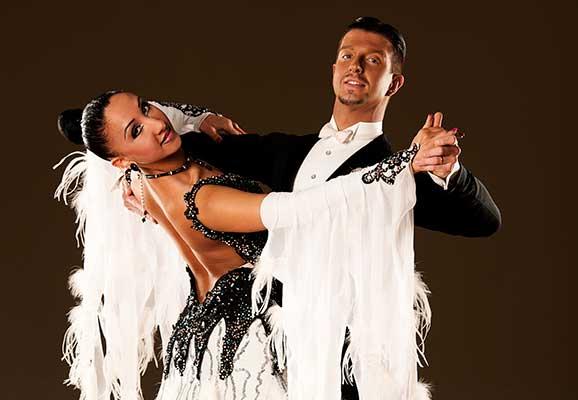foxtrot dance style